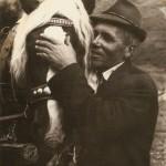 Muž s koňom